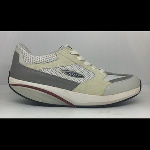 MBT Women's Sz 9.5 White Walking Exercise Shoes